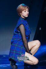 M COUNTDOWN 161105 Jeongyeon 2