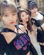 Jeongyeon, Sana, & Momo IG Update 181109