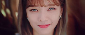 Yes Or Yes Y Teaser Jeongyeon 2