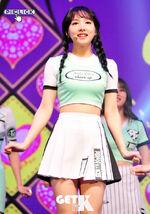 Nayeon Cheer Up showcase