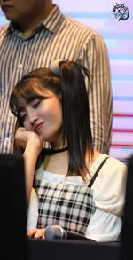 Yes Or Yes Yeouido Fansign Momo 2