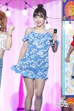 Music Core 180714 Mina 3