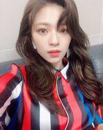 Jeongyeon IG Update 190415