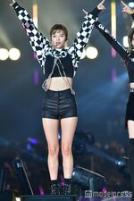Tokyo Girls Collection 2018 Stage Jeongyeon 2