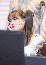 Yes Or Yes Yeouido Fansign Momo 4