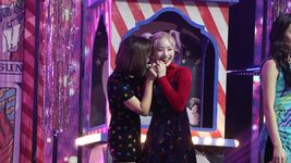 YES or YES Comeback M countdown scene making Jihyo & Dahyun
