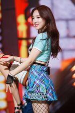 M COUNTDOWN 161105 Nayeon 2