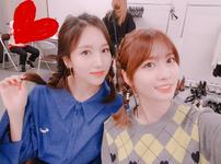 Momo and Mina IG Update 211017 2