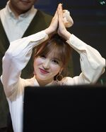 Yes Or Yes Yeouido Fansign Mina 12