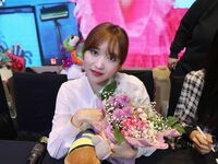 Yes Or Yes Yeouido Fansign Mina 21