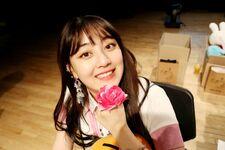 170607 Naver Starcast Jihyo Signal fansign 3