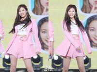 Music Core 180428 Sana 2