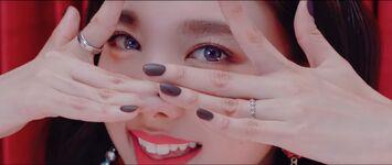 Yes Or Yes MV Screenshot 29