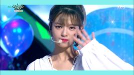 Music Bank 180713 Jeongyeon 2