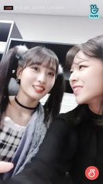 VLive 181125 JeongMo