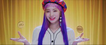 Yes Or Yes MV Screenshot 60