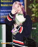 Airport Fashion 180927 Dahyun 2