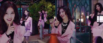 Yes Or Yes MV Screenshot 49
