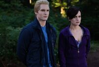 -Eclipse-DVD-Stills-HQ-esme-and-carlisle-cullen-17413494-1110-756