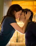 Bella and Edward Twilight kiss