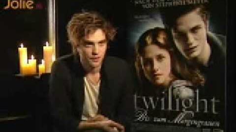 Robert Pattinson and Kristen Stewart Interviews