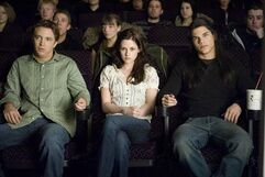 185px-Jacob-bella-and-mike-movies-scene-in-new-moon