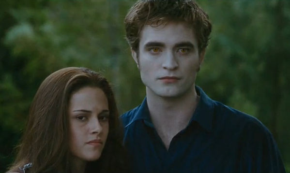 File:Bella and Edward Eclipse.png