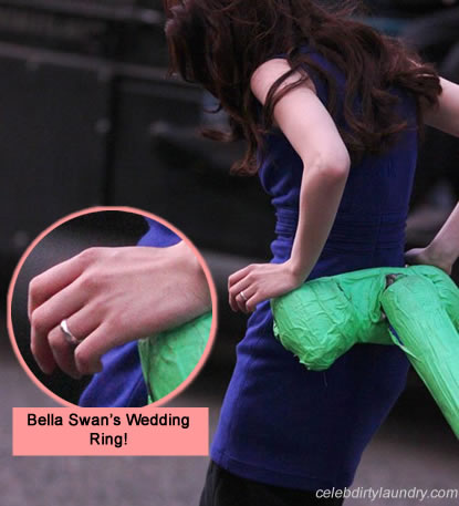 Image Bella swan breaking dawn wedding ring photojpg Twilight
