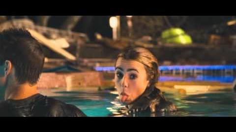 Abduction - Gag Reel with Taylor Lautner and Lily Collins