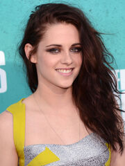 Kristen-Stewart-MTV-Movie-Awards-2012