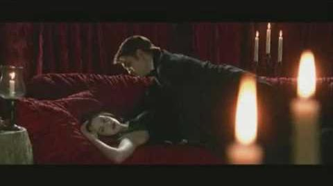 Vampire Kiss Montage (Twilight 3 disc edition special feature)