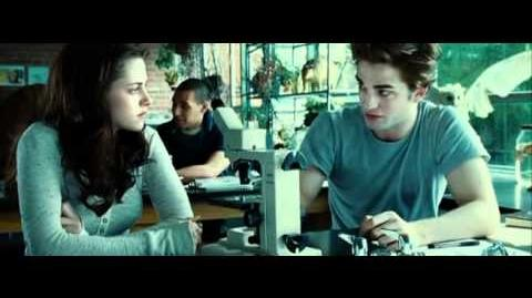 Twilight Bella and Edward meet, flirt, and look hot
