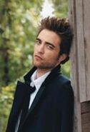137px-Robert Pattinson 218