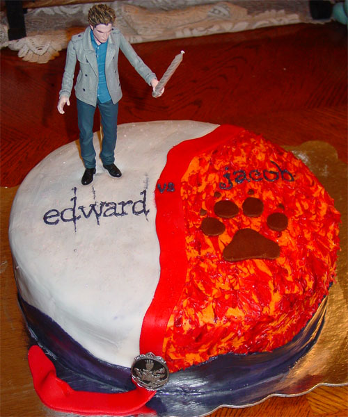 Magnificent User Blog Twihardfanatic18 Twilight Birthday Cakes Vote 2 Funny Birthday Cards Online Overcheapnameinfo