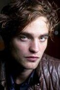 134px-Robert Pattinson 161
