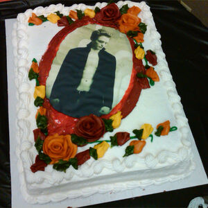Amazing User Blog Twihardfanatic18 Twilight Birthday Cakes Twilight Funny Birthday Cards Online Overcheapnameinfo