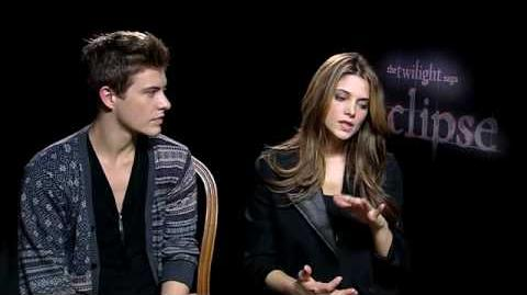 Ashley Greene & Xavier Samuel Talk Twilight Eclipse