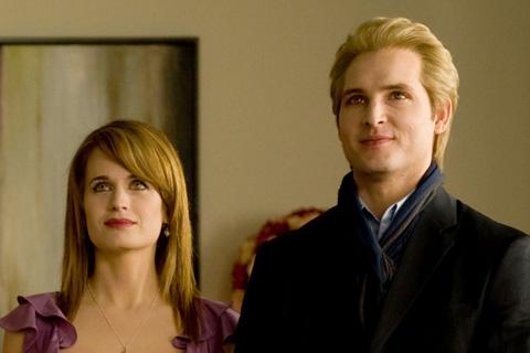 Carlisle Cullen and Esme Cullen Twilight Saga Wiki FANDOM