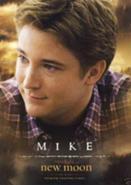 131px-The-twilight-saga-new-moon-and-mike-newton-profile
