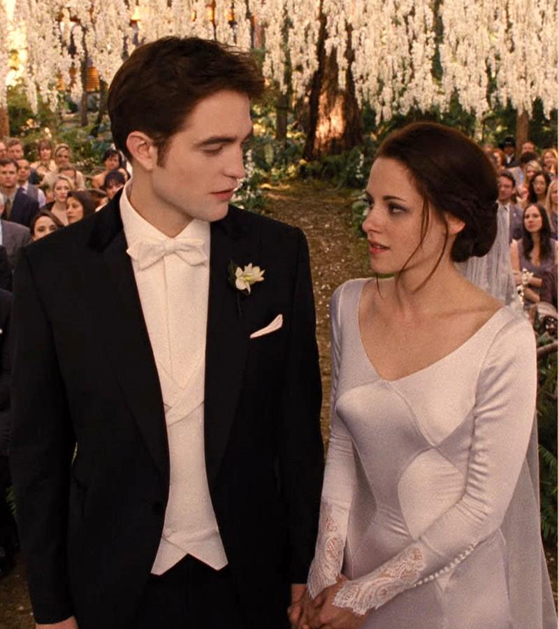 Image - BD1- Wedding 2.jpg   Twilight Saga Wiki   FANDOM powered by ...