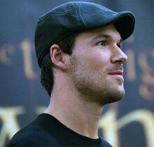 Daniel Cudmore hat