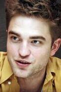 134px-Robert Pattinson 130
