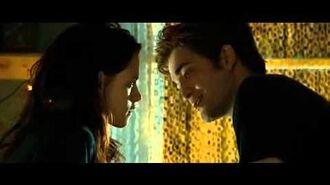 Bella and Edward's first kiss (twilight)