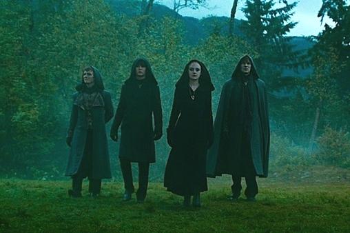 File:Twilight-saga-eclipse-trailer-volturi-1-.jpg