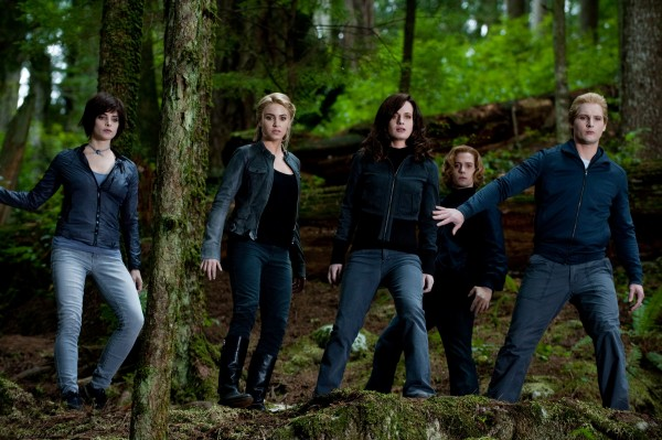 File:The-Twilight-Saga-Eclipse-movie-image-31-600x399.jpg