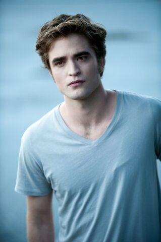 File:The-Twilight-Saga-Eclipse-movie-image-21-399x600.jpg