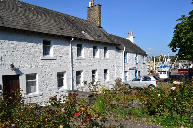 Harbour house 1