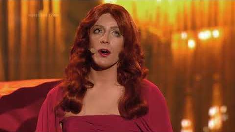 Filip Lato jako Florence Welch Florence and the Machine - Twoja Twarz Brzmi Znajomo