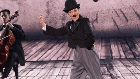 """Izabella Miko jako Charlie Chaplin """"Dzisiejsze czasy"""" - Twoja Twarz Brzmi Znajomo"""