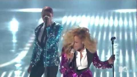 Beyonce- Love on Top mtv live